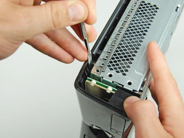 آموزش گام به گام و تصویری باز کردن ایکس باکس مدل اسلیم Xbox 360 slim irconsole.ir (22)