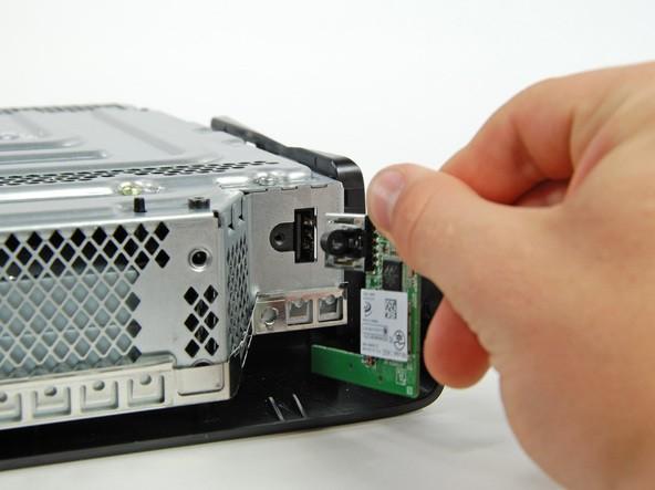 آموزش گام به گام و تصویری باز کردن ایکس باکس مدل اسلیم Xbox 360 slim irconsole.ir (30)