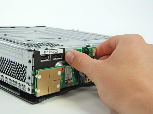 آموزش گام به گام و تصویری باز کردن ایکس باکس مدل اسلیم Xbox 360 slim irconsole.ir (40)