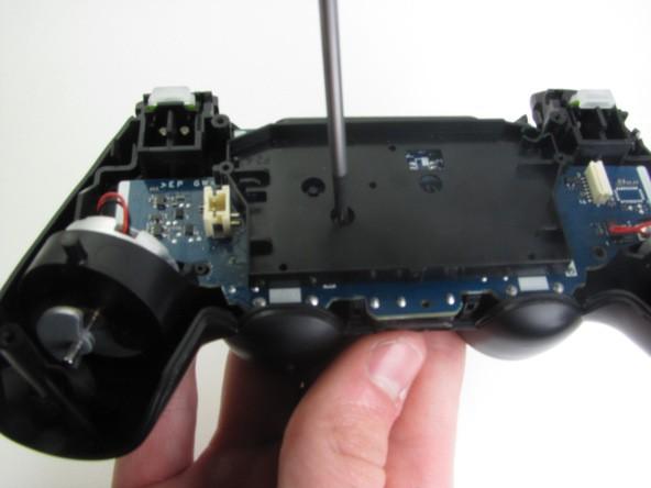 آموزش کامل و گام به گام تصویری تعمیر دسته PS4 irconsole.ir (9)